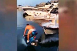 Balotelli e il motorino in acqua per scommessa: l'amico se la caverà con mille euro di multa
