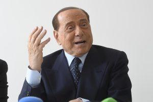 """Berlusconi, lancia l'Altra Italia: """"Non partito, ma federazione. Al voto per ricostruire il centrodestra"""""""