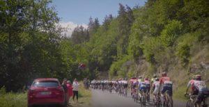 Salto in mountain bike su Tour de France