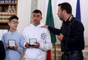 Terrore sul bus a Cremona, Adam e Ramy sono ufficialmente cittadini italiani