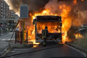 bus in fiamme a centocelle