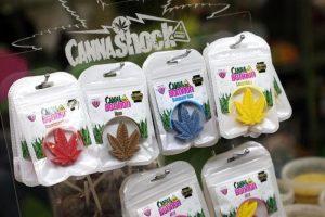 Cannabis light, perché non si può vendere negli smartshop. Le motivazioni della sentenza