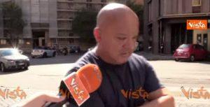 Mario Cerciello Rega, le voci degli abitanti del quartiere che gli rendono omaggio VIDEO