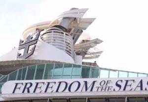 Porto Rico, bimba di 18 mesi precipita dall'11° piano di una nave da crociera: era in braccio al nonno