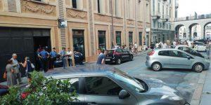 Cuneo, spara e uccide il titolare di un negozio, poi si ammazza