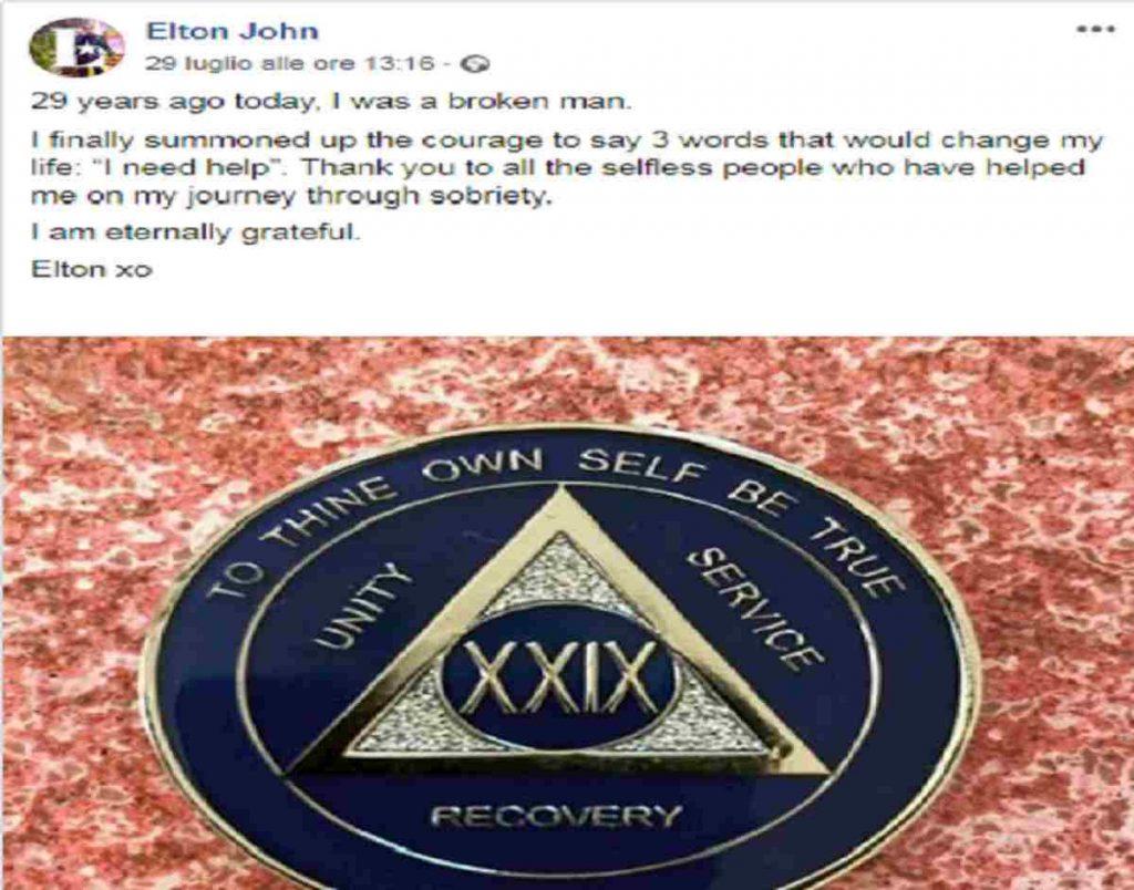 Il post su Facebook di Elton John