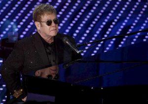 Elton John in una foto Ansa