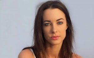 Emily Hartridge, conduttrice tv e youtuber nota in Gran Bretagna, muore in incidente a soli 35 anni