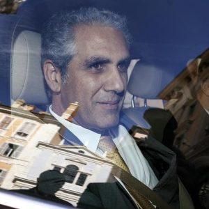 Rai, il presidente Marcello Foa annuncia dimissioni da RaiCom e Rai Pubblicità