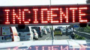 A1, doppio incidente tra Fidenza e Fiorenzuola: un morto e code di 10 km