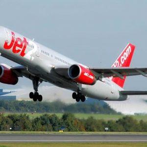 Jet2, panico a bordo per una passeggera