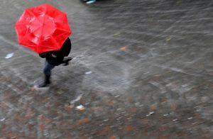 Maltempo Toscana, tromba d'aria a Livorno. Violenti temporali in provincia di Pisa (foto d'archivio Ansa)