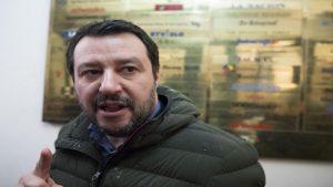 Salvini ora è un barile di dinamite, se Russia o Usa accendono la miccia... (foto Ansa)