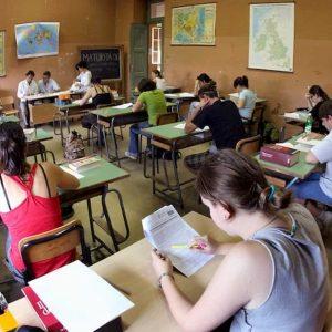 Maturità contro Test Invalsi. Chi mente sul valore degli studenti?