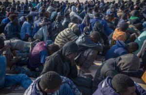 Migranti, inchiesta su Onlus: 11 arresti tra Milano e Lodi (foto d'archivio Ansa)