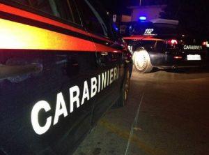 Una volante dei carabinieri in una foto d'archivio (foto Ansa)