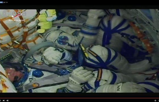 Beyond, gli astronauti durante il lancio della Soyuz1