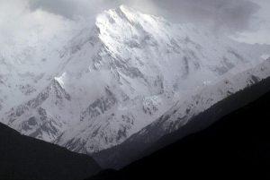 Nanga Parbat: Cala Cimenti conquista la vetta, poi giù con gli sci da 8mila metri