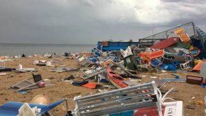 Marche, tempesta e vento a 150 km/h: Numana devastata, litorale distrutto 05