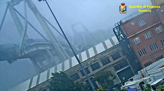 Ponte Morandi, VIDEO inedito: pilone cede e crolla tutto4