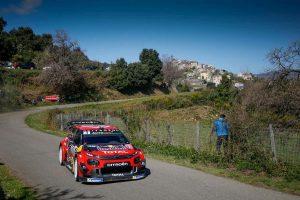 Rally di Alba, spettatore travolto da auto finita fuori strada: è grave