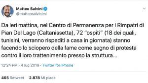 """Salvini su Twitter: """"Migranti al centro di permanenza in sciopero della fame. Così risparmiamo"""""""