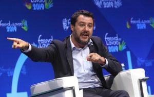 """Di Maio: """"Il silenzio della Lega fa sentire più protetti i Benetton"""". E Salvini lascia il Cdm"""