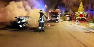 I vigili del fuoco in azione a Cardedu