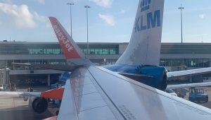 Amsterdam, aereo EasyJet finisce contro uno KLM sulla pista dell'aeroporto di Schipol