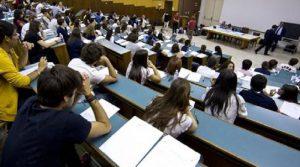 Migranti della cattedra: in 4 anni 342mila prof...