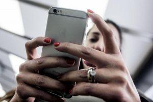 Siri, dipendenti Apple ascoltano quello che dici