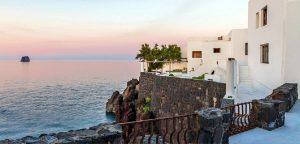 Dolce & Gabbana, in vendita la villa a Stromboli. Ma è giallo sul prezzo
