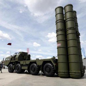 Turchia, dalla Russia il sistema di difesa aereo S-400. Usa minacciano sanzioni