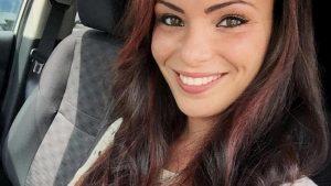 """Valentina Pivati chiede cena gratis al ristorante. Che però la umilia: """"Vacanze a sbafu"""""""