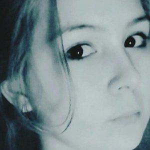 """Russia, 17enne sfigurata e strangolata perché """"troppo attraente"""": arrestate due 16enni"""