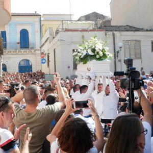 Folla funerali Simone D'Antonio a Vittoria