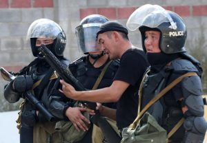 Almazbek Atambayev, fallito arresto