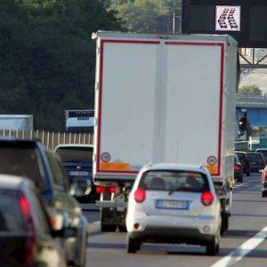 A1, incidente fatale tra Caserta Nord e Santa Maria Capua Vetere: un morto per malore