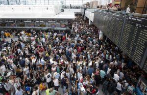 Monaco di Baviera, voli cancellati aeroporto