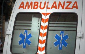 Milano: cade mentre pulisce i vetri, morta una donna di 54 anni