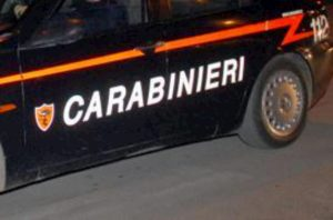 Castelvetrano, finge malore per salire in auto del rivale in amore. Poi gli punta una pistola