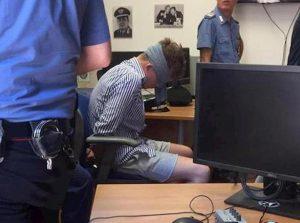 """Mario Cerciello Rega, il carabiniere che scattò la foto: """"Americano bendato perché dava testate"""""""