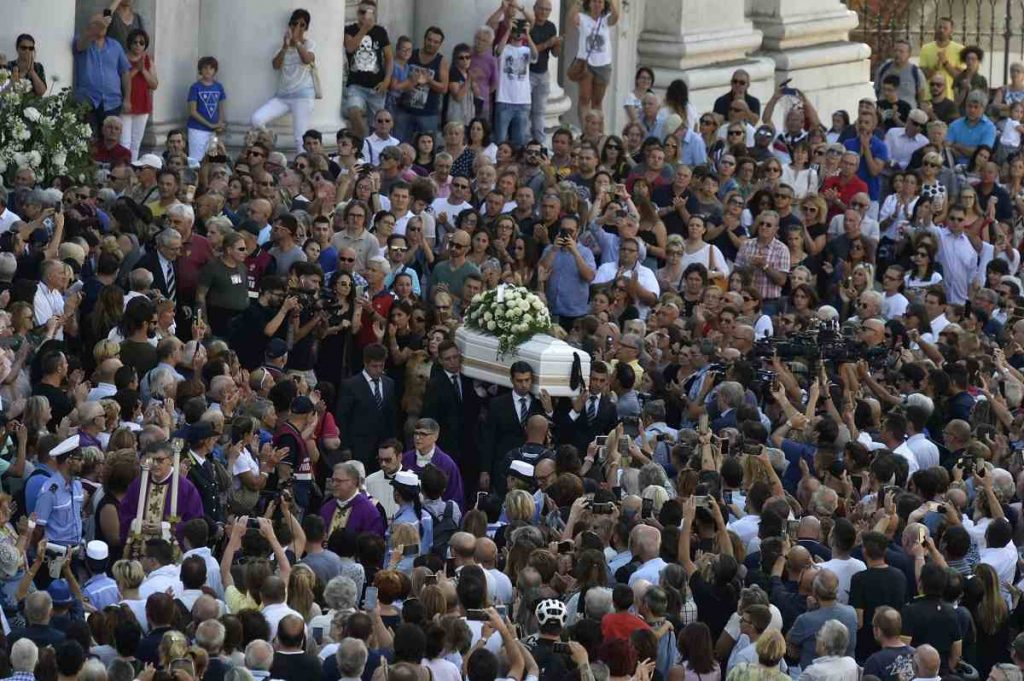 funerale nadia toffa - photo #14
