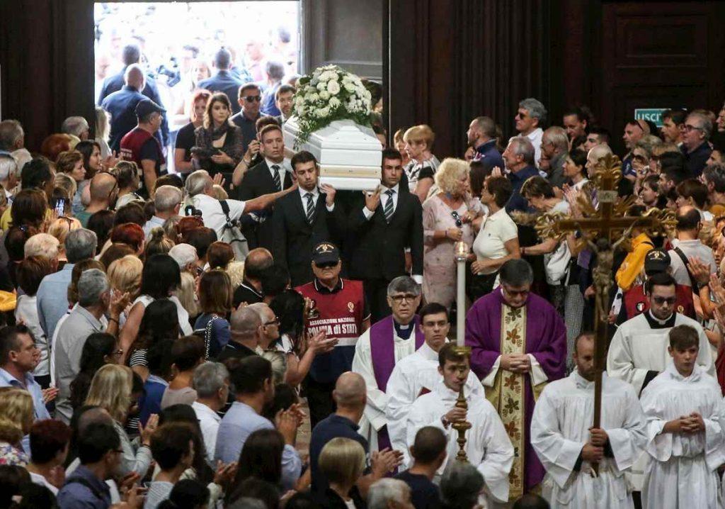 funerale nadia toffa - photo #12