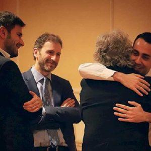 """M5s mette fine al governo a casa di Beppe Grillo: """"Salvini non è più affidabile"""""""