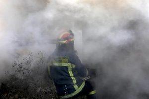 Grecia, enorme incendio all'isola di Evia: sfollati villaggi