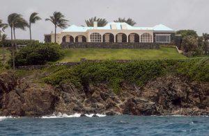 Jeffrey epstein fbi setaccia l isola dei caraibi dove si for Isola di saint honore caraibi