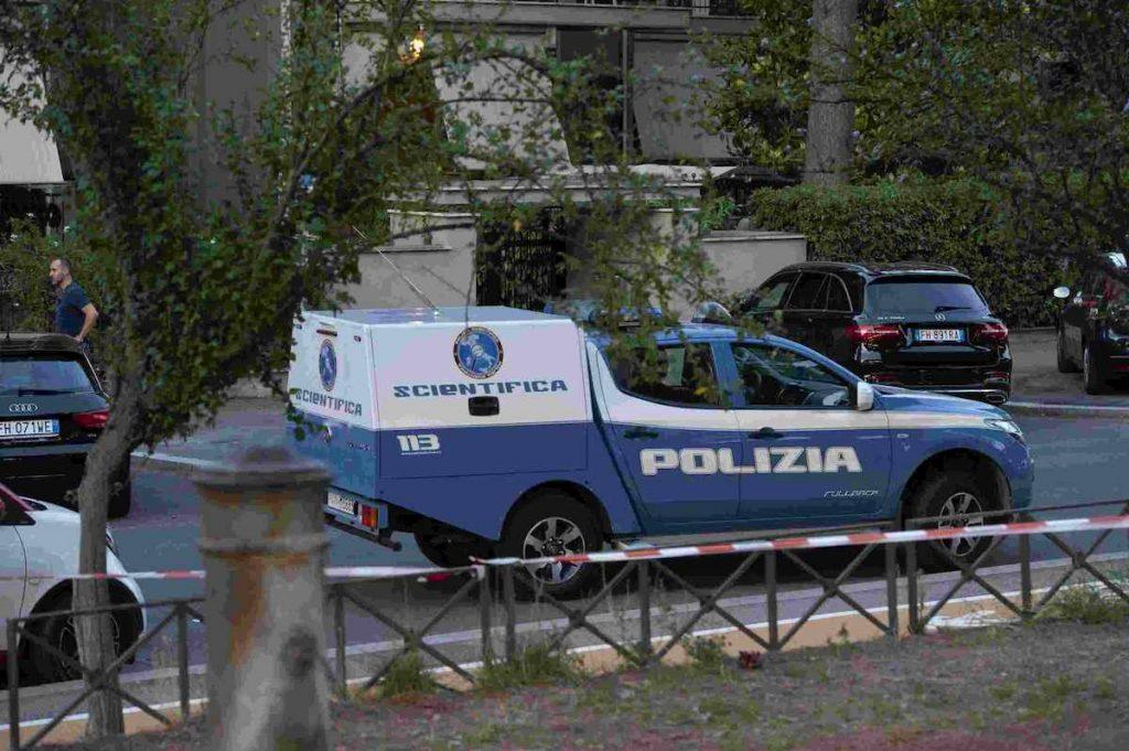 polizia scientifica dopo morte diabolik