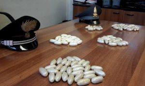 Ovuli di droga sequestrati dai carabinieri