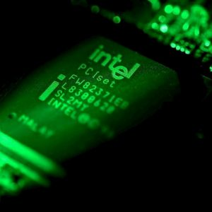 Processori Intel, la falla SwapGs espone Windows agli attacchi hacker